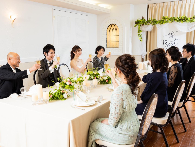 【50名以下の結婚式OK】挙式+写真+会食◆少人数WD相談